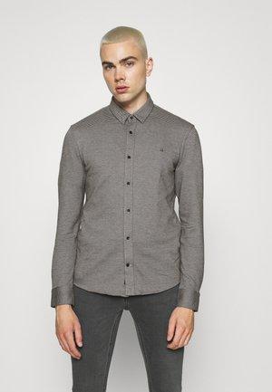 SLIM FIT - Shirt - black