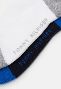 Tommy Hilfiger - KIDS ICONIC SPORTS QUARTER 4 PACK - Ponožky - midnight blu/ white - 1