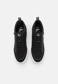 Calvin Klein Jeans - SKATE MID LACEUP MIX - High-top trainers - black - 3