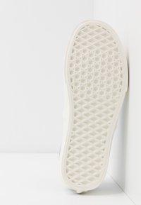 Vans - AUTHENTIC - Sneakersy niskie - celestial blue/marshmallow - 4