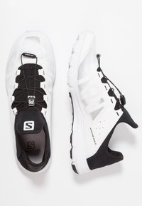 Salomon - AMPHIB BOLD - Hiking shoes - white/black - 1