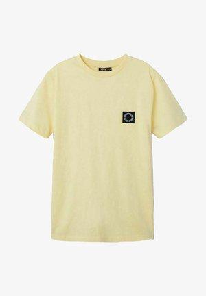 NLMNOONIE - T-shirt basic - mellow yellow