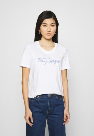 REGULAR SCRIPT OPEN TEE - T-shirts med print - white