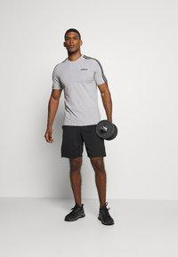 adidas Performance - KRAFT AEROREADY TRAINING SPORTS - Pantalón corto de deporte - black - 1