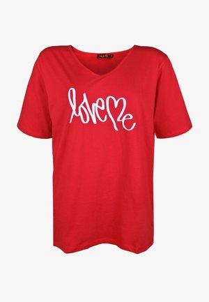 LOVE ME - Print T-shirt - red