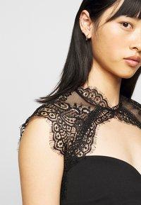 SISTA GLAM PETITE - LOTTIE - Cocktail dress / Party dress - black - 4