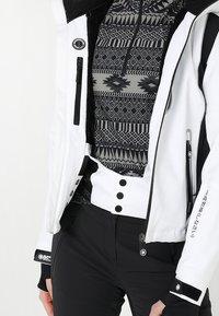Superdry - SLEEK PISTE SKI JACKET - Ski jacket - white - 5