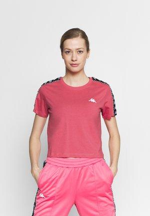 INULA - T-shirt imprimé - pink