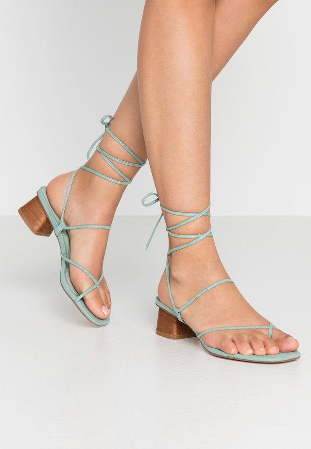 STRAPPY SKINNY - T-bar sandals - mint