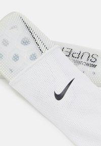 Nike Performance - MERC SUPERLOCK SET - Parastinchi - white/black - 4
