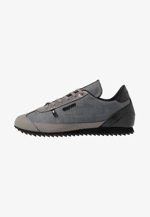 MONTANYA - Sneakers - dark grey
