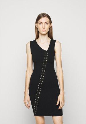 KIGALI DRESS - Stickad klänning - black