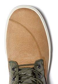 Timberland - 2.0 CUPSOLE EK+ - Sznurowane obuwie sportowe - wheat nubuck - 4