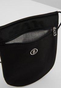 Bogner - VERBIER NECKPOUCH  - Across body bag - black - 4