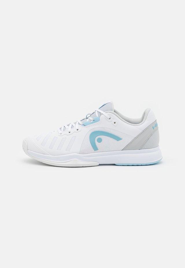 SPRINT TEAM 3.0 - Tenisové boty na všechny povrchy - white/gray