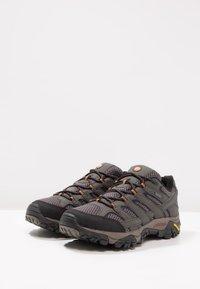 Merrell - MOAB 2 GTX - Hiking shoes - grau - 2