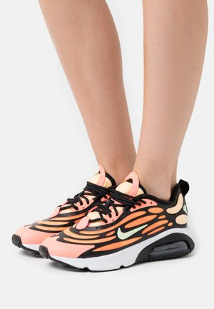 AIR MAX EXOSENSE - Sneaker low - atomic pink/volt/black/melon tint/orange pulse/white