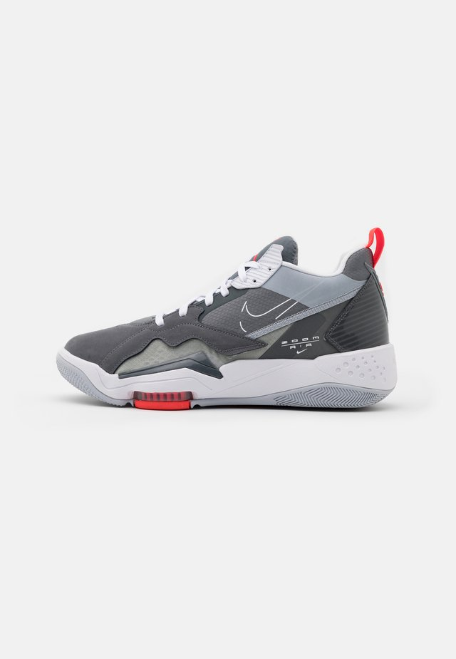ZOOM '92 - Sneakersy wysokie - cool grey/white/dark grey/sky grey/bright crimson
