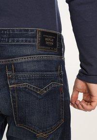 Replay - NEWBILL - Straight leg jeans - dark-blue - 4