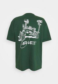 Carhartt WIP - ORBIT  - Print T-shirt - treehouse / white - 1