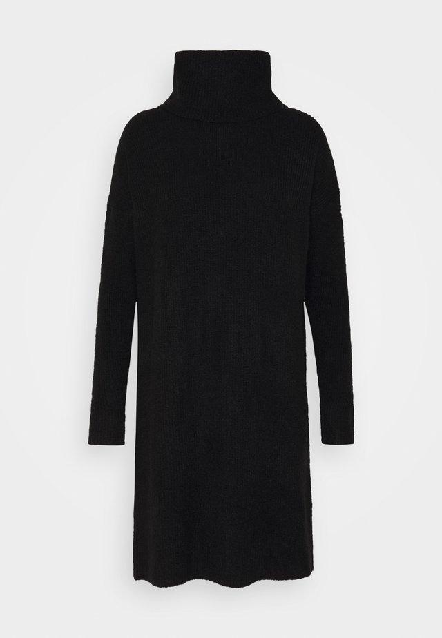ONLJANA COWLNCK DRESS  - Stickad klänning - black