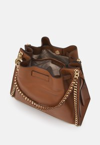 MICHAEL Michael Kors - MINA CHAIN TOTE - Handbag - brown - 3