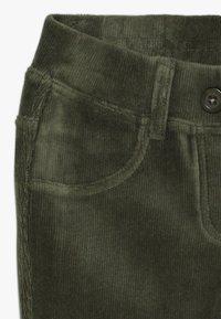 Benetton - TROUSERS - Trousers - green - 3