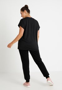 Active by Zizzi - ABASIC ONE - T-shirt basic - black - 2