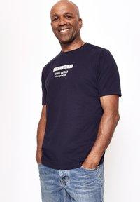 Five Fellas - Print T-shirt - navy - 0