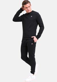 le coq sportif - ESS - Sweater - black - 1