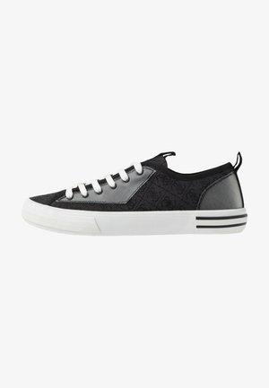 NETTUNO  - Matalavartiset tennarit - black/grey