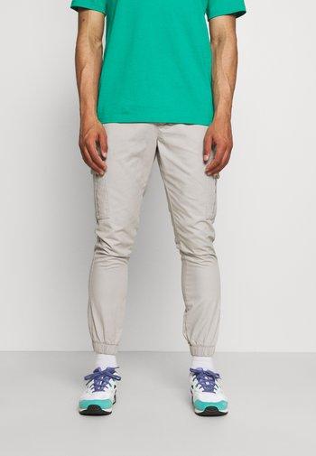 Cargo trousers - light stone