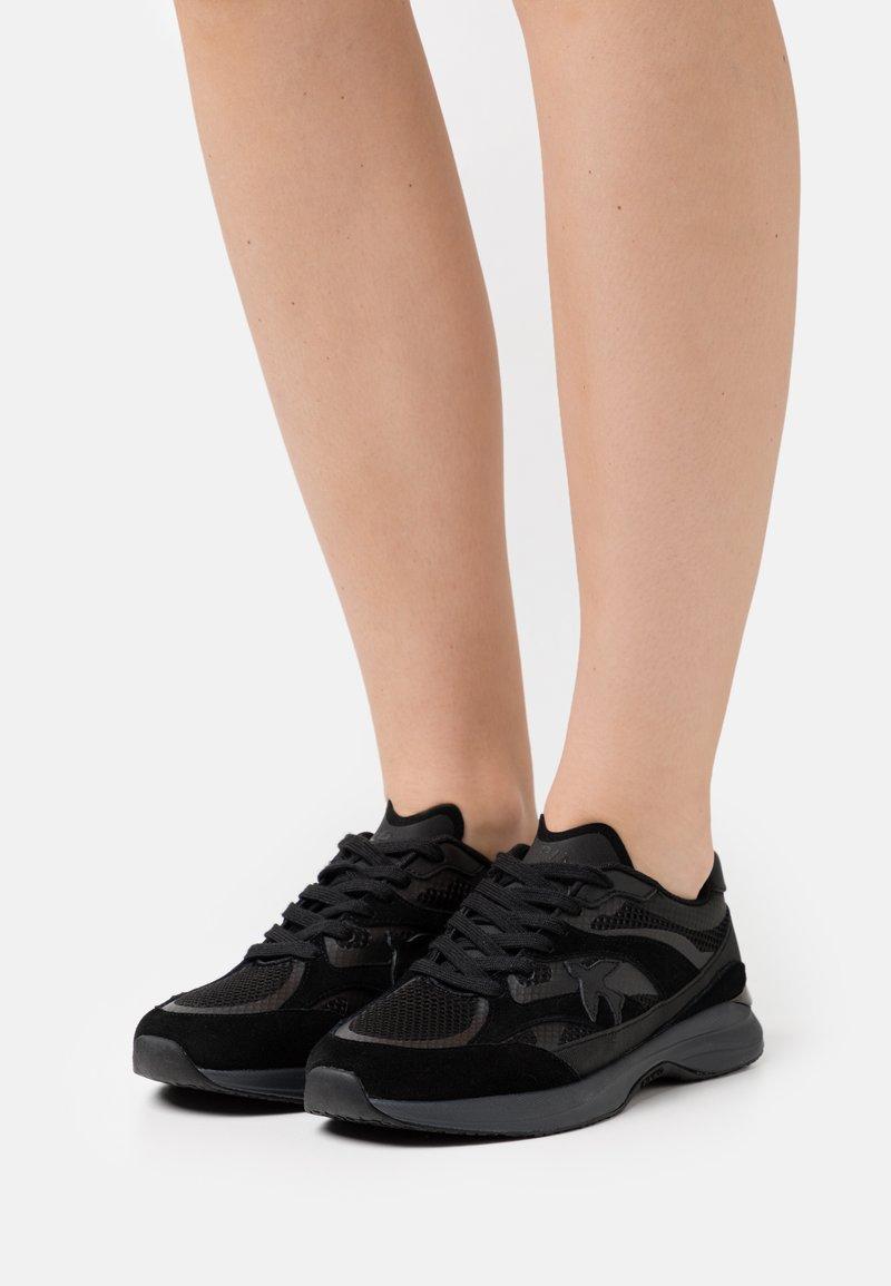 Pinko - LIGHTECH - Sneakersy niskie - black