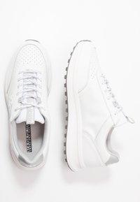 Napapijri - Tenisky - bright white - 1