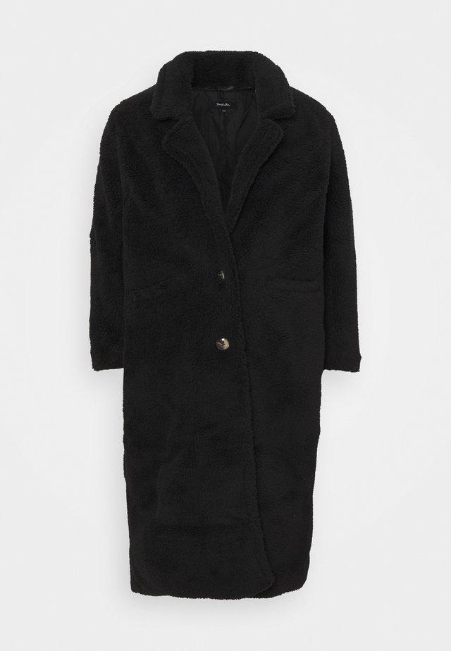 LONGLINE - Zimní kabát - black