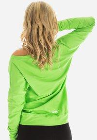 Winshape - LONGSLEEVE - Sweatshirt - apfelgrün - 4