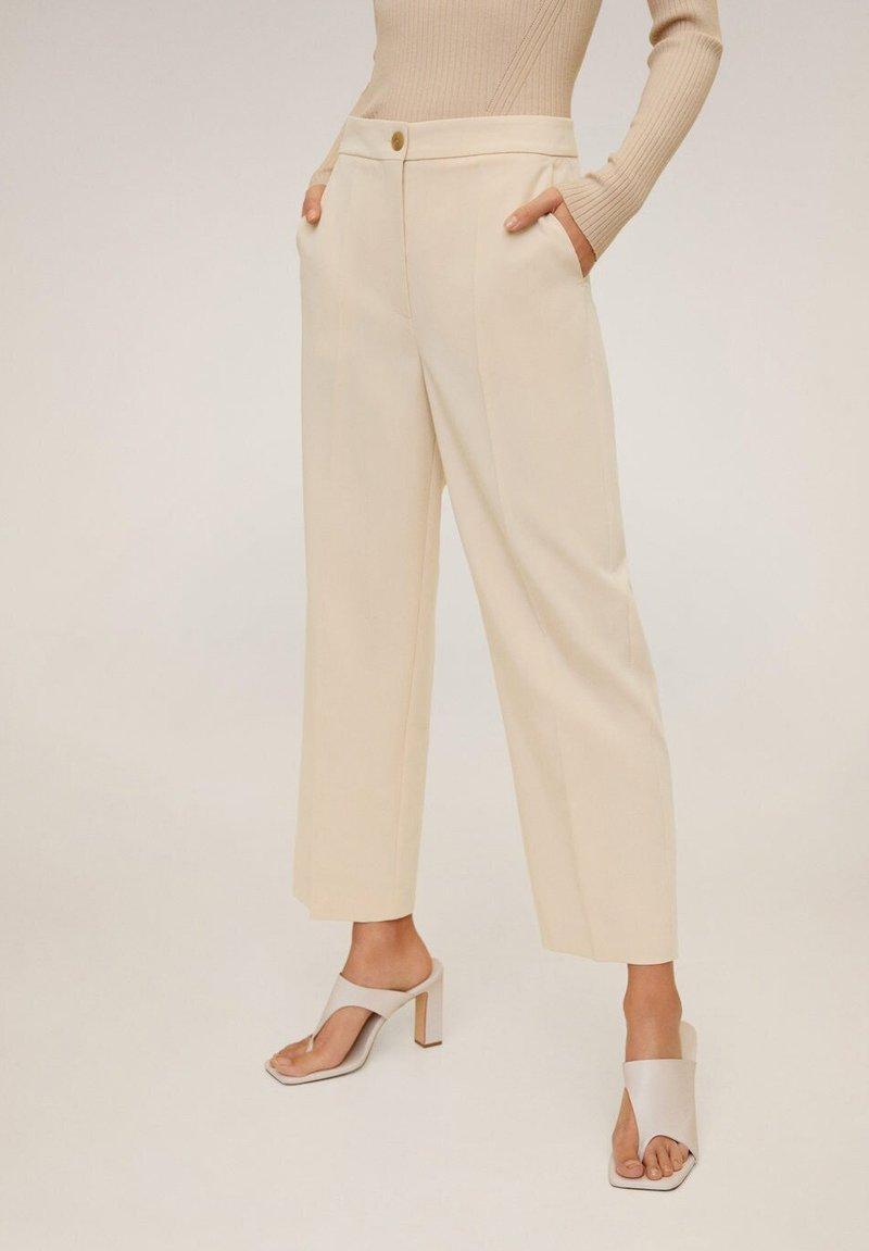 Mango - OFFICE - Spodnie materiałowe - open beige