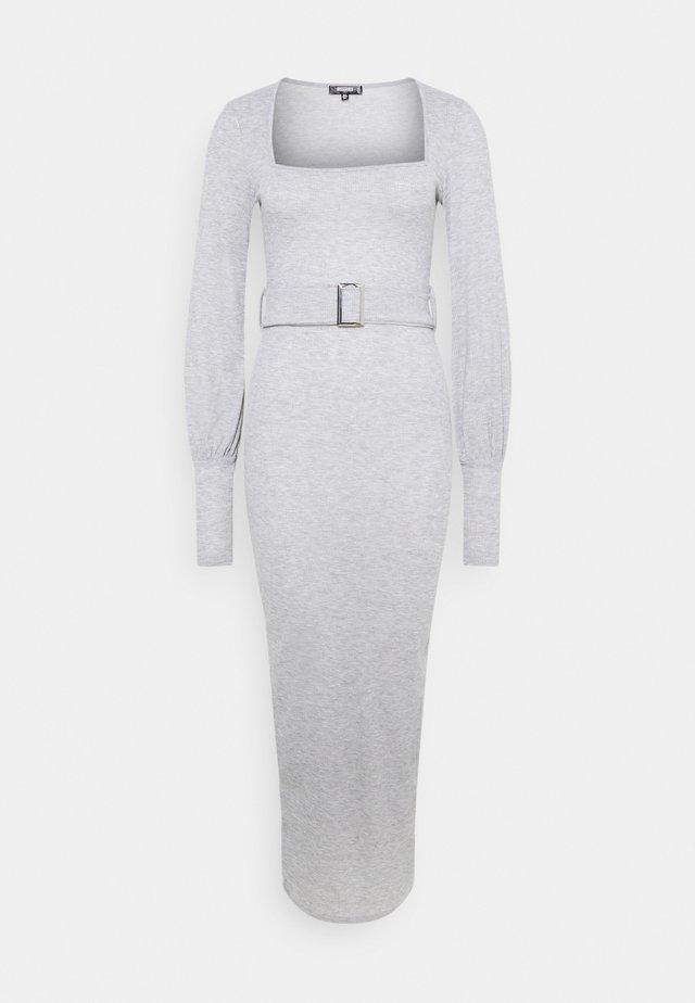 SQUARE NECK BELT DRESS - Jersey dress - grey
