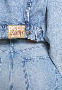 Pepe Jeans - DUA LIPA x PEPE JEANS - Kurtka jeansowa - moonwash-denim - 7