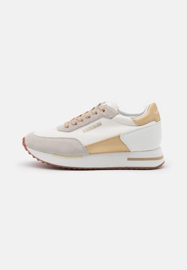 HAZEL - Sneakers basse - bright white
