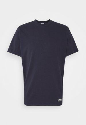 BOX LOGO TEE - Basic T-shirt - maritime blue