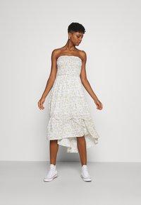 Hollister Co. - CHAIN DRESS - Day dress - multi - 3