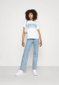 Gina Tricot - IDA TEE - Camiseta estampada - offwhite - 1