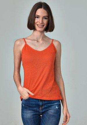 Top - mottled orange