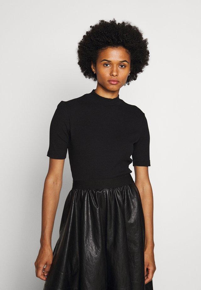 DINANE - T-shirt basic - black