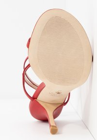 Stuart Weitzman - MERINDA - Sandalias - followme red - 6
