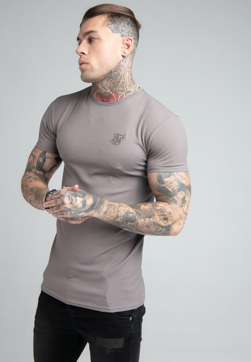 SIKSILK - FINE GYM TEE - Basic T-shirt - grey
