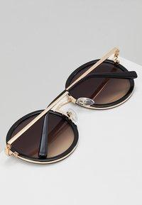 QUAY AUSTRALIA - FIREFLY - Sunglasses - black/gold - 4