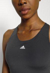 adidas Performance - ULTIMATE ALPHA - Brassières de sport à maintien supérieur - black/white - 4