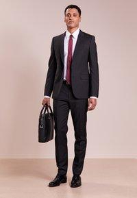 HUGO - HARTLEYS - Kostymbyxor - dark grey - 1